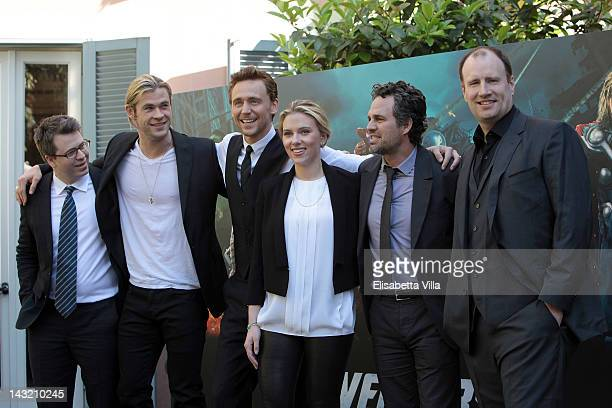 """Actors Chris Hemsworth, Tom Hiddlestone, Scarlett Johansson and Mark Ruffalo attend """"The Avengers"""" photocall at De Russie Hotel on April 21, 2012 in..."""