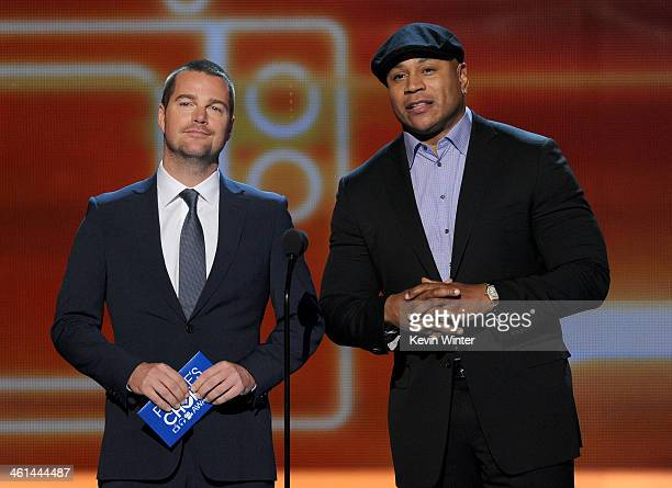 Actors Chris O'Donnell and LL Cool J speak onstage at The 40th Annual People's Choice Awards at Nokia Theatre LA Live on January 8 2014 in Los...