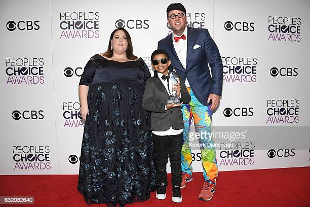 """Actors Chris Sullivan, Lonnie Chavis and Chrissy Metz, winners of the Favorite New TV Drama, """"This is Us"""", pose in the press room during the People's..."""