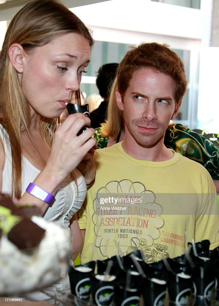 Actors Clare Grant and Seth Green attends the Breyers' booth at the Kari Feinstein Primetime Emmy Awards style lounge at Zune LA on September 18, 2009 in Los Angeles, California.