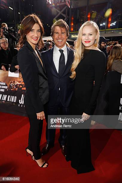 Actors Cobi Smulders Tom Cruise and Danika Yarosh attend the 'Jack Reacher Never Go Back' Berlin Premiere at CineStar Sony Center Potsdamer Platz on...