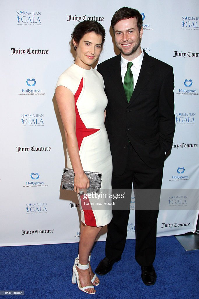 Actors Cobie Smulders (L) and Taran Killam attend the 1st Annual Norma Jean Gala held at the TCL Chinese Theatre on March 20, 2013 in Hollywood, California.