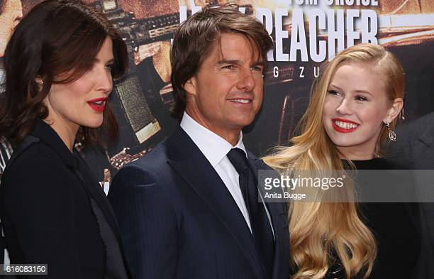 Actors Cobie Smulders Tom Cruise and Danika Yarosh attend the 'Jack Reacher Never Go Back' Berlin Premiere at CineStar Sony Center on October 21 2016...