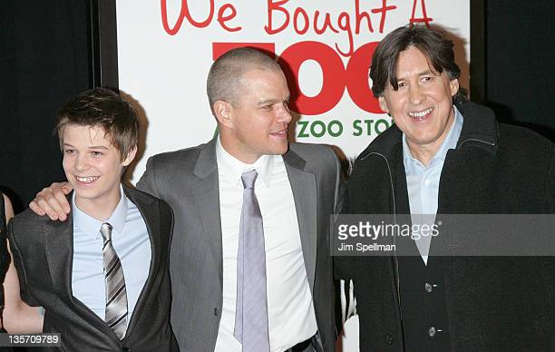 Actors Colin Ford Matt Damon and director Cameron Crowe attend the We Bought a Zoo premiere at Ziegfeld Theater on December 12 2011 in New York City