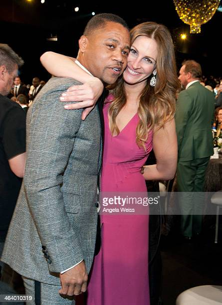 Actors Cuba Gooding Jr., and Julia Roberts attend the 20th Annual Screen Actors Guild Awards at The Shrine Auditorium on January 18, 2014 in Los...