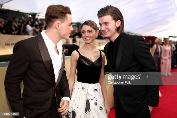 Actors Dacre Montgomery Natalia Dyer and Joe Keery attend the 24th Annual Screen ActorsGuild Awards at The Shrine Auditorium on January 21 2018 in...