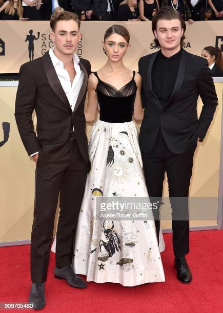 Actors Dacre Montgomery Natalia Dyer and Joe Keery attend the 24th Annual Screen Actors Guild Awards at The Shrine Auditorium on January 21 2018 in...