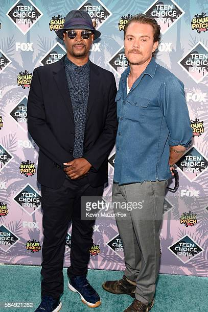 Actors Damon Wayans and Clayne Crawford attend Teen Choice Awards 2016 at The Forum on July 31 2016 in Inglewood California