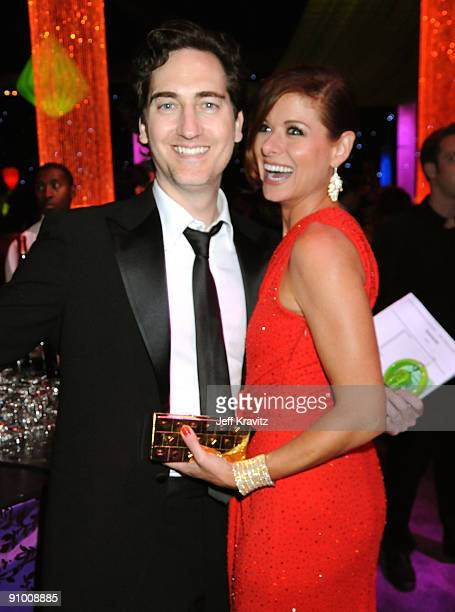 Actors Daniel Zelman and Debra Messing attend the Governors Ball for the 61st Primetime Emmy Awards held at the Los Angeles Convention Center on...