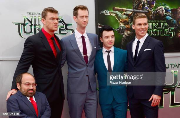 Actors Danny Woodburn Alan Ritchson Jeremy Howard Noel Fisher and Pete Ploszek attend Paramount Pictures' 'Teenage Mutant Ninja Turtles' premiere at...