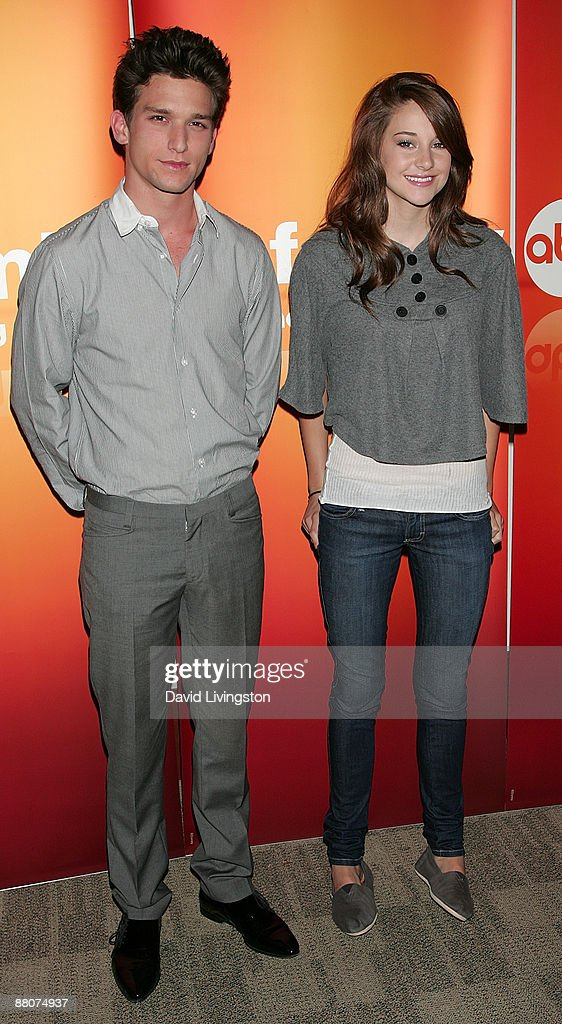 Actors Daren Kagasoff And Shailene Woodley From The Television Show News Photo Getty Images Australasia and far east (except japan). 2