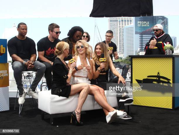 Actors David Ramsey Stephen Amell Katie Cassidy Emily Bett Rickards Echo Kellum Juliana Harkavy Rick Gonzalez and host Kevin Smith on the #IMDboat at...