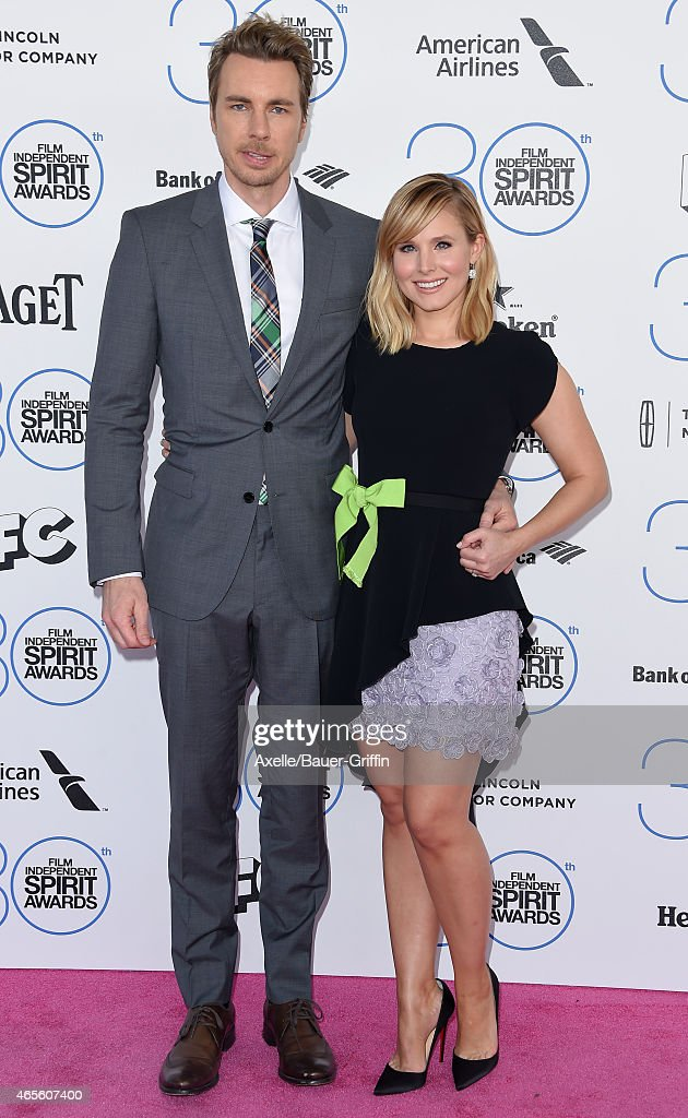 Actors Dax Shepard and Kristen Bell arrive at the 2015 Film Independent Spirit Awards on February 21, 2015 in Santa Monica, California.