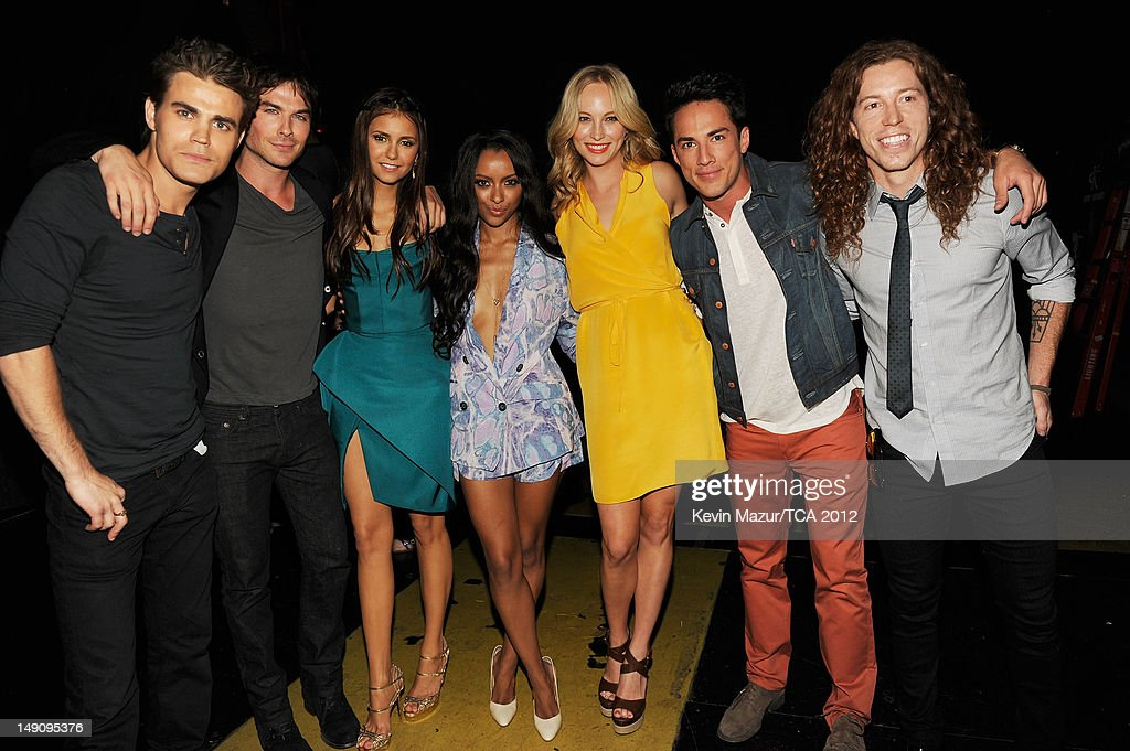 Actors Dax Shepard, Paul Wesley, Ian Somerhalder, Nina Dobrev, Kat Graham, Candice Accola, Michael Trevino and professional snowboarder Shaun White attend the 2012 Teen Choice Awards at Gibson Amphitheatre on July 22, 2012 in Universal City, California.
