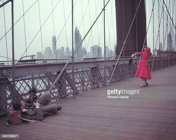 Actors Debbie Reynolds and Donald O'Connor as a photographer and an aspiring actress during location shooting for the MGM musical 'I Love Melvin' on...