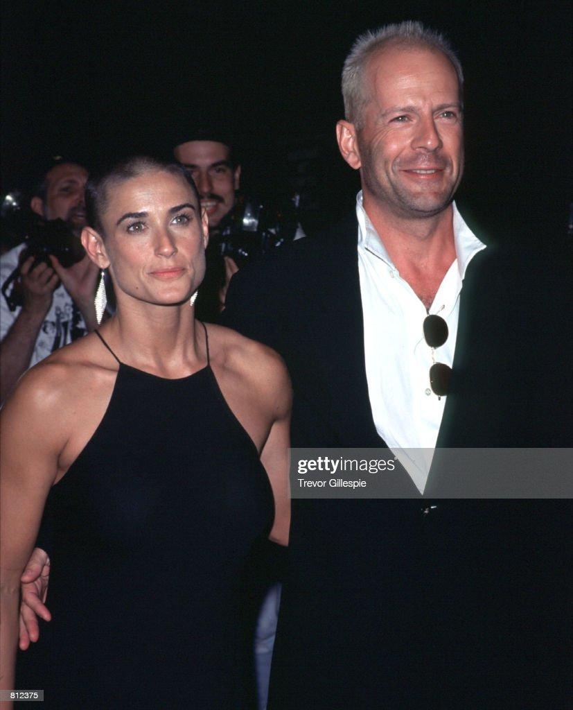 Bruce Willis and Demi Moore : Nieuwsfoto's