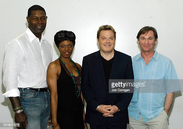 Actors Dennis Haysbert Afton C Williamson Eddie Izzard and Richard Thomas attend the 'Race' On Broadway cast photo call on June 8 2010 in New York...
