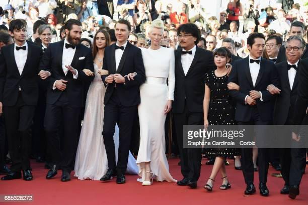 Actors Devon Bostic Jake Gyllenhaal Lily Collins Paul Dano Tilda Swinton director Bong JoonHo and actors Ahn SeoHyun Steven Yeun and Byun Heebong...