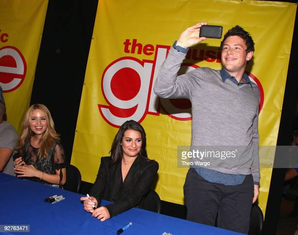 Actors Diana Agron Lea Michele and Cory Monteith attend the cast of 'Glee' signing copies of 'Glee The Music Vol 1' at Best Buy on November 4 2009 in...