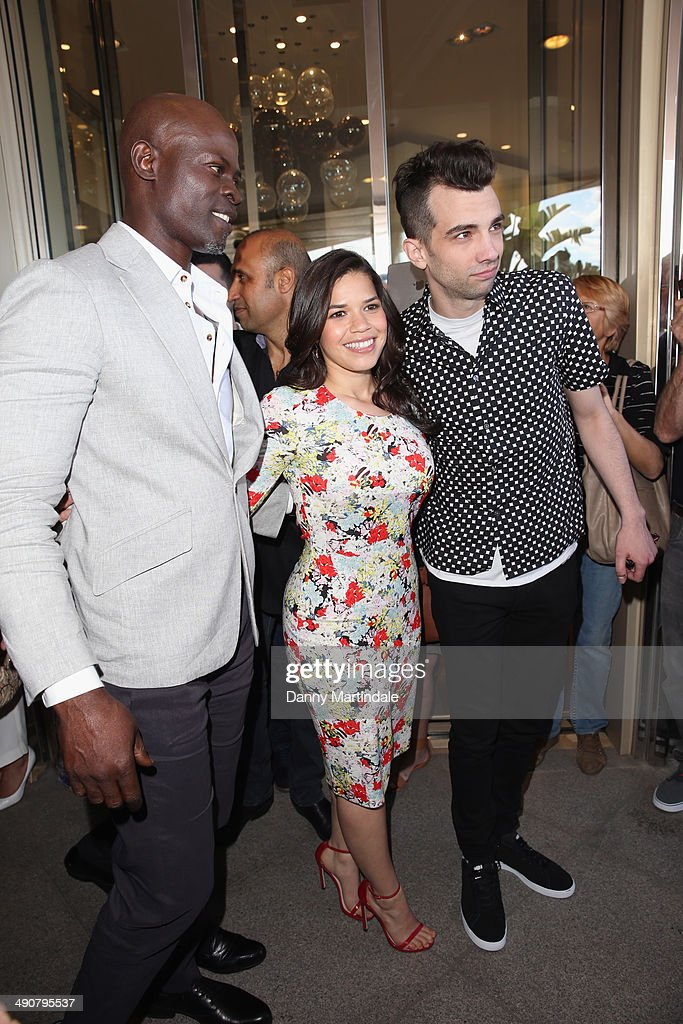 Photos et images de actors djimon hounsou america ferrera and jay baruchel attend the how to train your ccuart Image collections