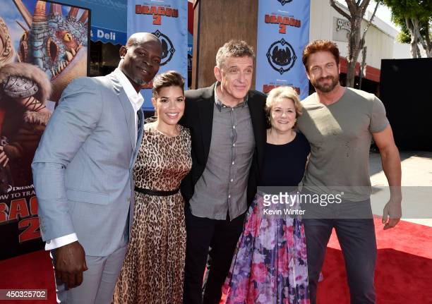 Actors Djimon Hounsou America Ferrera Craig Ferguson producer Bonnie Arnold and actor Gerard Butler arrive at the premiere of Twentieth Century Fox...