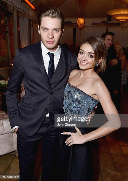 Actors Dominic Sherwood and Sarah Hyland attend Entertainment Weekly Celebration Honoring The Screen Actors Guild Awards Nominees presented by...