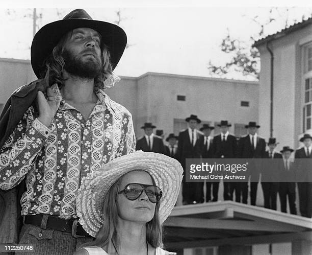 Actors Donald Sutherland and Ellen Burstyn in a scene from the movie 'Alex In Wonderland' in 1970