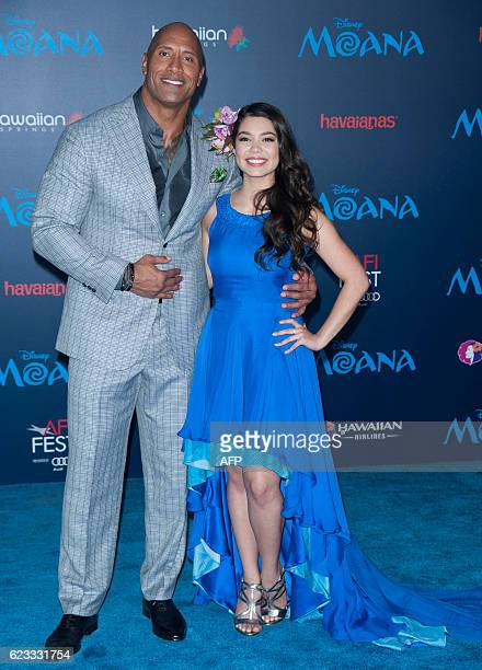 Actors Dwayne Johnson and Auli'i Cravalho attend the Disney Premiere 'Moana' in Hollywood California on November 14 2016 / AFP / LILLY LAWRENCE