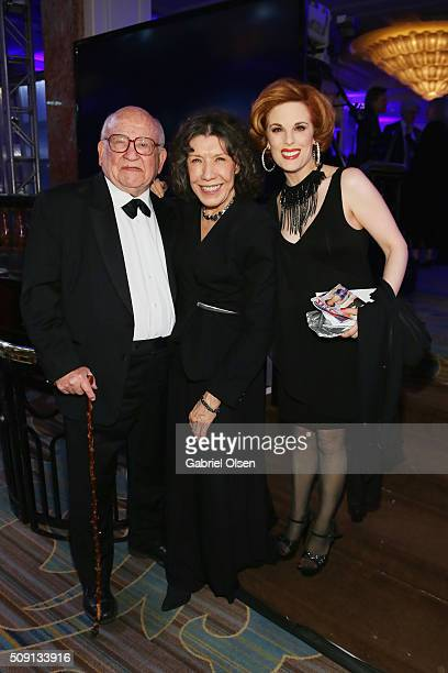 Actors Ed Asner Lily Tomlin and Kat Kramer attend AARP's Movie For GrownUps Awards at the Beverly Wilshire Four Seasons Hotel on February 8 2016 in...