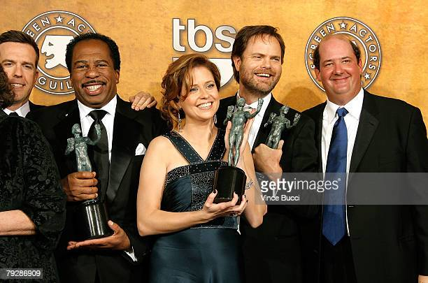 """Actors Ed Helms, Leslie David Baker, Jenna Fischer, Rainn Wilson and Brian Baumgartner from the cast """"The Office"""" in the press room during the 14th..."""