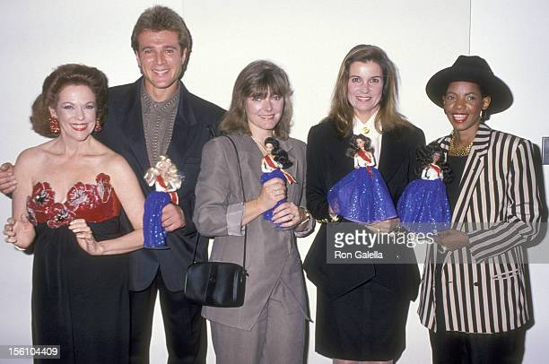 Actors Eileen Fulton Michael Swan Susan Saint James Jane Curtin and Melba Moore attend the 'United Nations Reception to Premiere a Special Edition of...