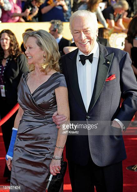 Actors Elaine Taylor and Christopher Plummer arrive at the 18th Annual Screen Actors Guild Awards at The Shrine Auditorium on January 29 2012 in Los...