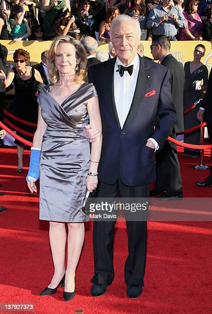 Actors Elaine Taylor and Christopher Plummer arrives at The 18th Annual Screen Actors Guild Awards broadcast on TNT/TBS at The Shrine Auditorium on...