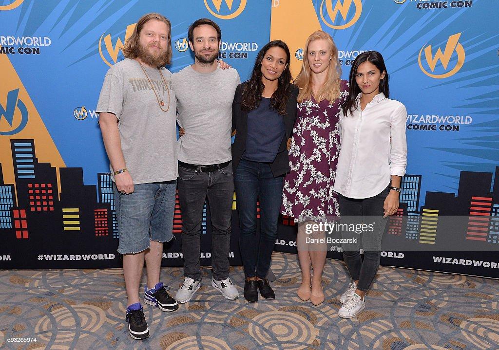 Wizard World Comic Con Chicago 2016 - Day 4 : News Photo