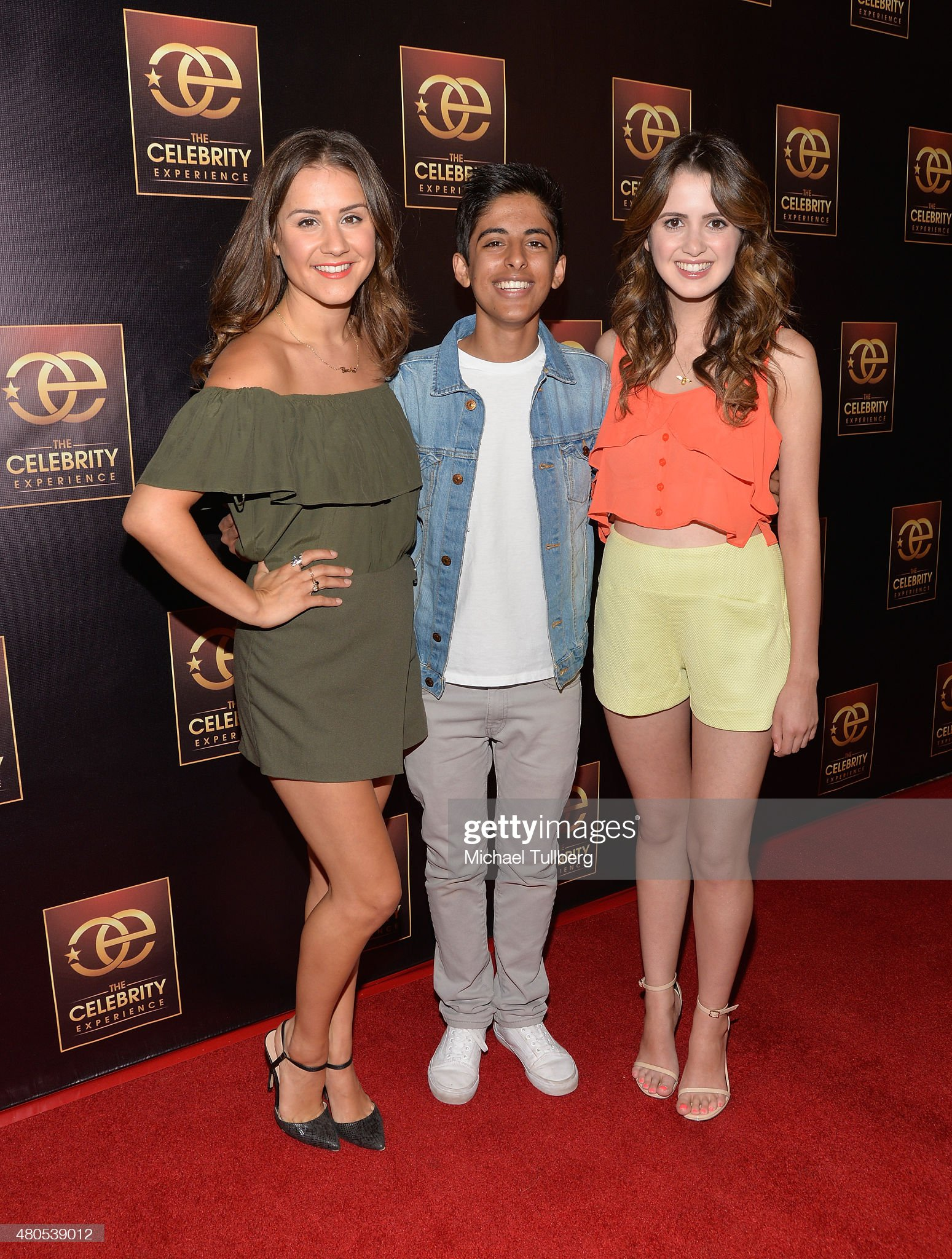 ¿Cuánto mide Karan Brar? - Altura - Real height Actors-electra-formosa-karan-brar-and-laura-marano-attend-the-panel-picture-id480539012?s=2048x2048