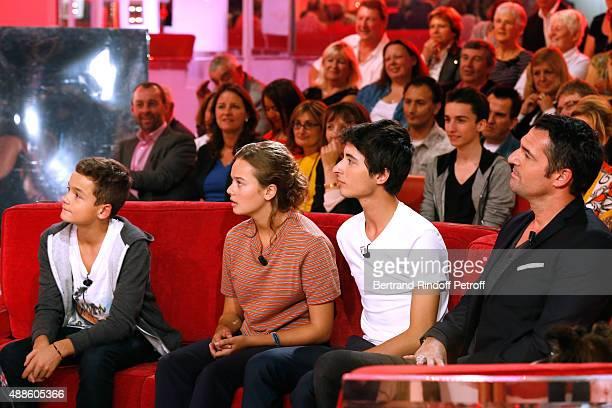 Actors Eliott Tiberghien Lucie Fagedet Orfeo Campanella and Arnaud Ducret present the TV Series Parents mode d'emploi during the 'Vivement Dimanche'...
