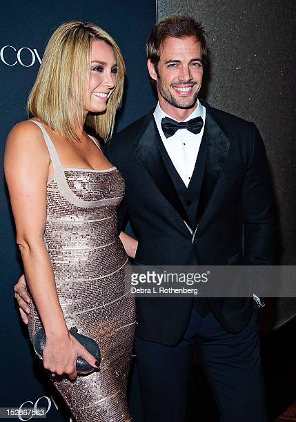 Actors Elizabeth Gutierrez and William Levy attend the 2012 Vanidades' Icons of Style gala at the Mandarin Oriental Hotel on September 27 2012 in New...