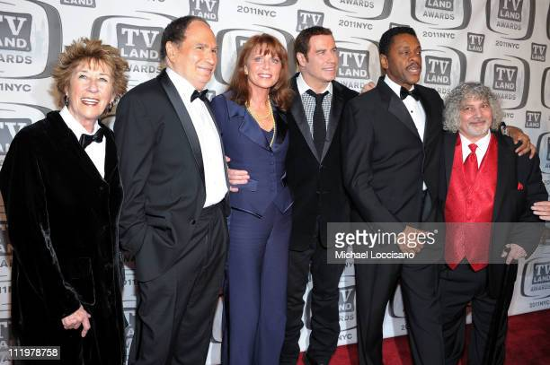 Actors Ellen Travolta Gabe Kaplan Marcia Strassman John Travolta Lawrence HiltonJacobs and Robert Hegyes attend the 9th Annual TV Land Awards at the...