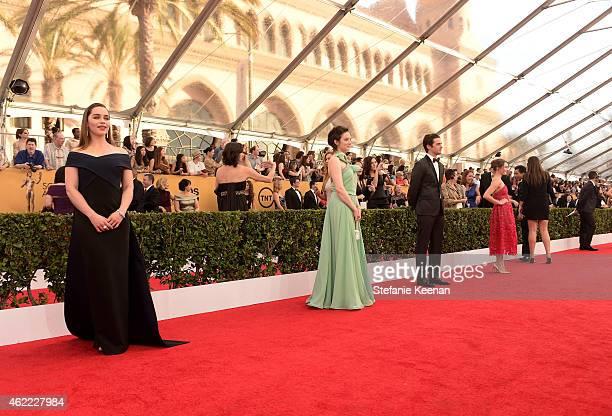 Actors Emilia Clarke Andrea Riseborough Vincent Piazza and Maisie Williams attends TNT's 21st Annual Screen Actors Guild Awards at The Shrine...