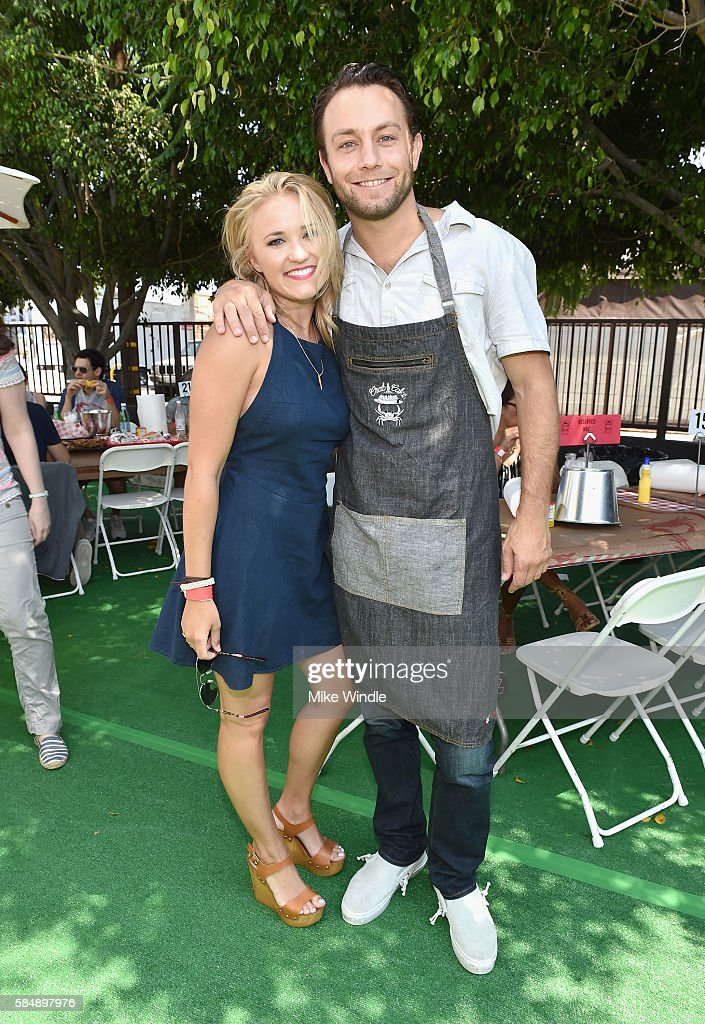 4th Annual Crab Cake LA Fundraiser Event Presented By Cadillac And Agavero To Benefit Chrysalis : News Photo
