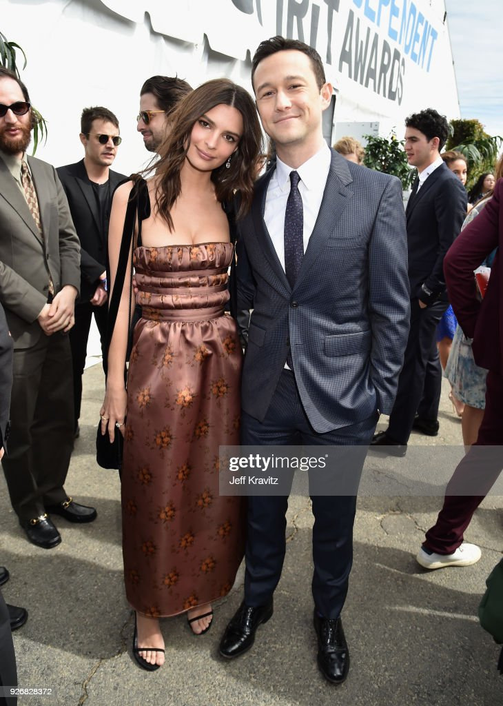 Actors Emily Ratajkowski (L) and Joseph Gordon-Levitt with FIJI Water during the 33rd Annual Film Independent Spirit Awards on March 3, 2018 in Santa Monica, California.