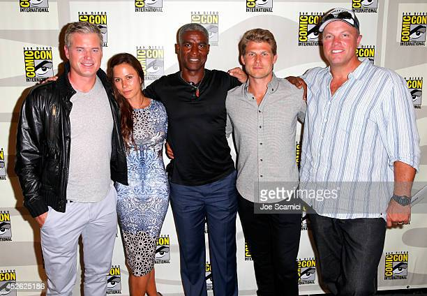 Actors Eric Dane Rhona Mitra Charles Parnell Travis Van Winkle and Adam Baldwin attend TNT's The Last Ship' panel during ComicCon International San...