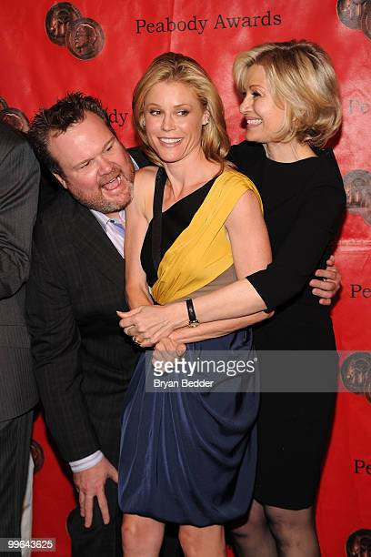 Actors Eric Stonestreet Julie Bowen and journalist Diane Sawyer attend the 69th Annual Peabody Awards at The Waldorf=Astoria on May 17 2010 in New...