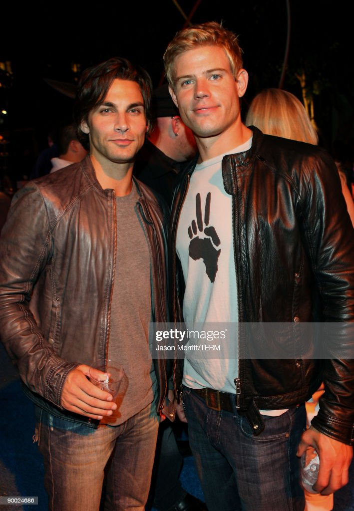 """The CW & AT&T's """"Melrose Place"""" Premiere Party - Inside : News Photo"""