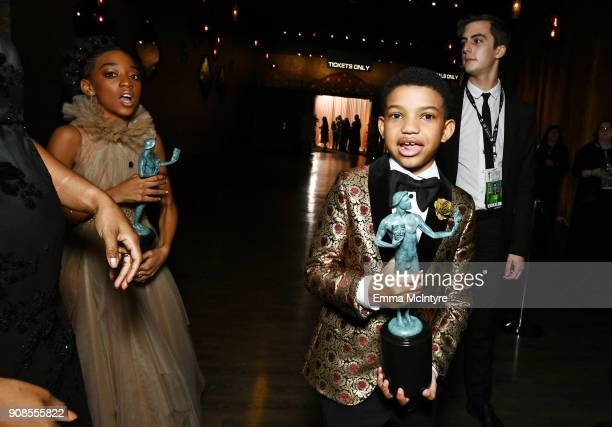 Actors Eris Baker and Lonnie Chavis cowinners of the the Outstanding Performance by an Ensemble in a Drama Series award for 'This Is Us' attends the...