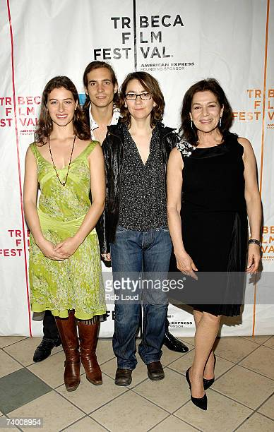 """Actors Esther Zimmering, Egbert Jan Weeber, director Angelina Maccarone and actress Hannelore Elsner attend the premiere of """"Vivere"""" at the 2007..."""