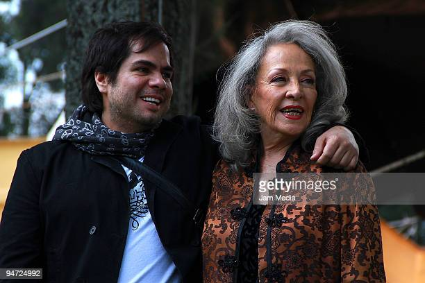 Actors Eugenio Bartilotty ans Isela Vega during the making of the movie Los Inadaptados at Colonia Las Aguilas on December 17 2009 in Mexico City...