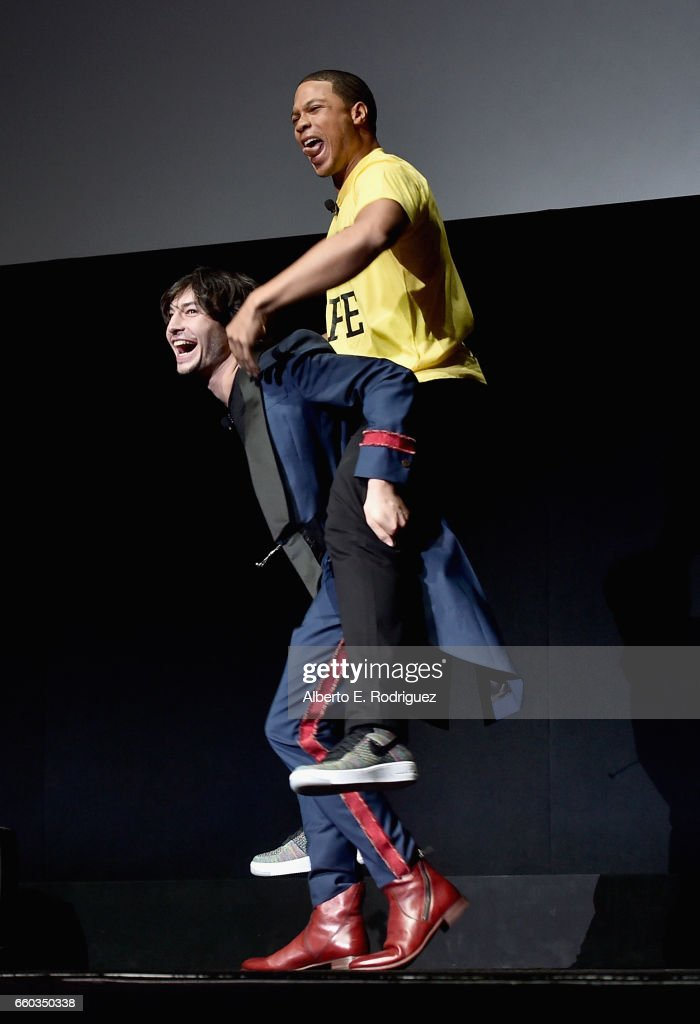"Actors Ezra Miller (L) and Ray Fisher onstage at CinemaCon 2017 Warner Bros. Pictures Invites You to ""The Big Picture"", an Exclusive Presentation of our Upcoming Slate at The Colosseum at Caesars Palace during CinemaCon, the official convention of the National Association of Theatre Owners, on March 29, 2017 in Las Vegas, Nevada."