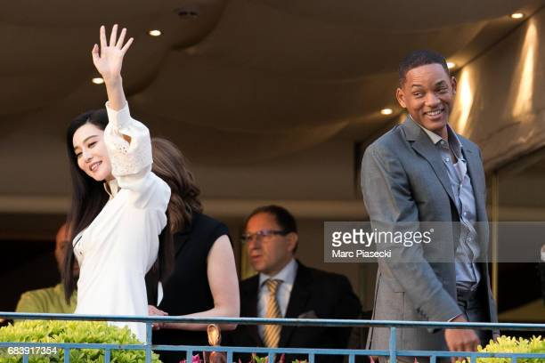 Actors Fan Bing Bing and Will Smith attend the official jury dinner of the 70th Annual Cannes Film Festival at Martinez Hotel on May 16 2017 in...
