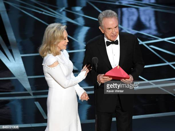Actors Faye Dunaway and Warren Beatty speak onstage during the 89th Annual Academy Awards at Hollywood & Highland Center on February 26, 2017 in...